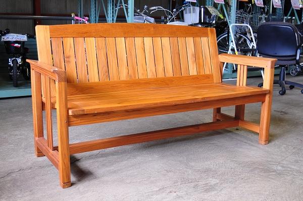 テラ製ガーデンベンチ
