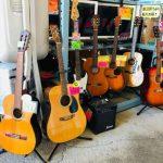 安いギター売ってます‼︎